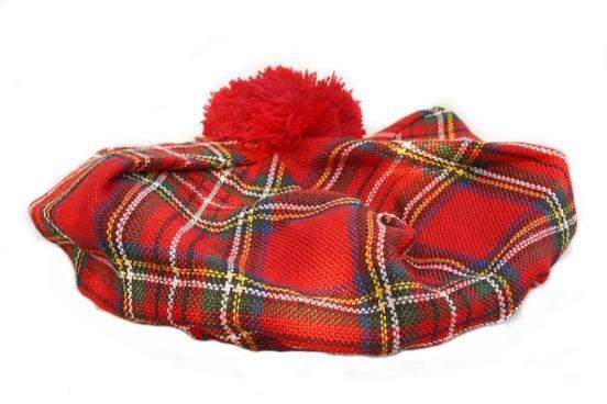 Scottish golf hat with pom pom